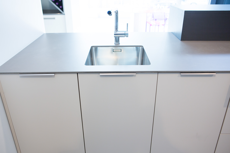 Beautiful Tiradores Muebles Cocina Contemporary - Casa & Diseño ...