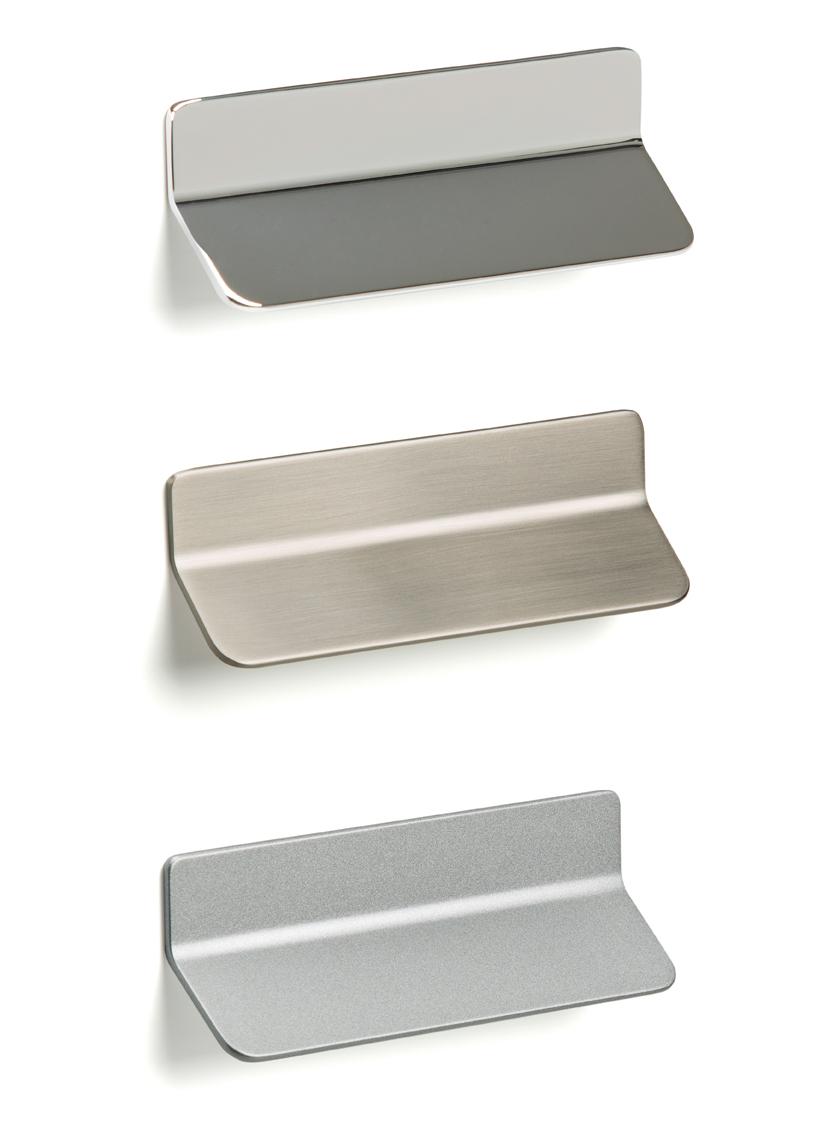 Tirador fino de Viefe para cocinas. Thin kitchens handle by Viefe.