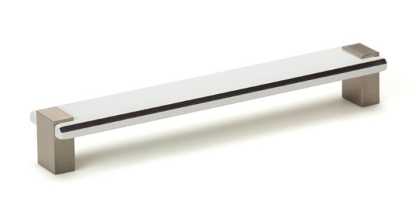 tirador de cocina Bico de Viefe. Kitchen handle Bico by Viefe.