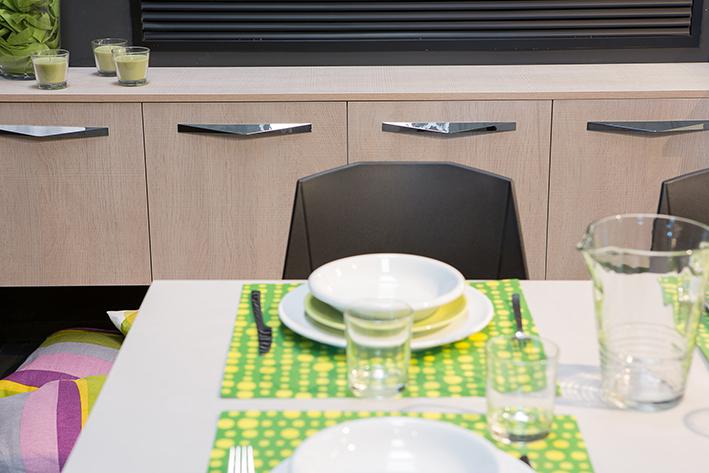 Handle for kitchens, furniture and bathrooms by Viefe. Tirador para cocinas, muebles y baños de Viefe.