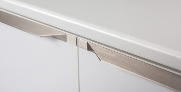 Tamm handle by Viefe.