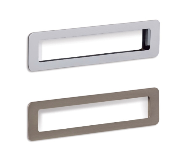 Low handle for bathrooms by Viefe. Tirador Low para baños de Viefe.