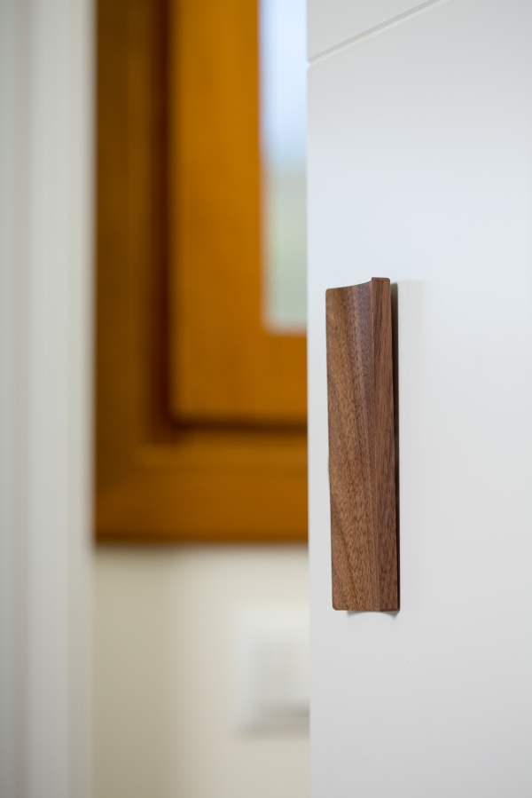 Tirador Conca para puertas correderas. Conca handle for sliding doors.