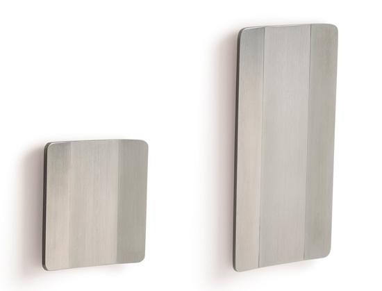 Tirador Conca de Viefe para puertas correderas. Conca handle for sliding doors by Viefe.