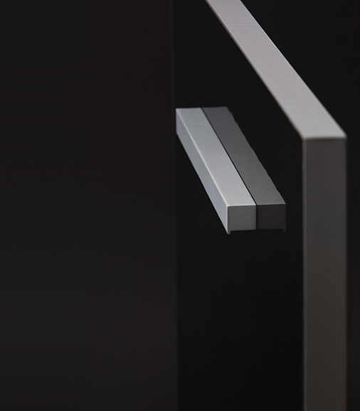 Tirador de aluminio Step de Viefe. Aluminium handle Step by Viefe.
