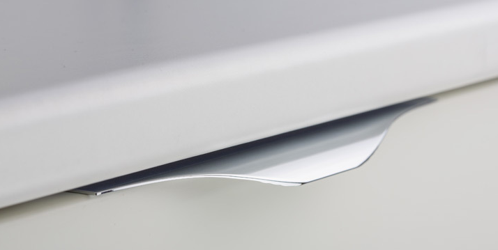 Tirador Noma de aluminio para cocina de Viefe. Noma aluminum handle for kitchens by Viefe.