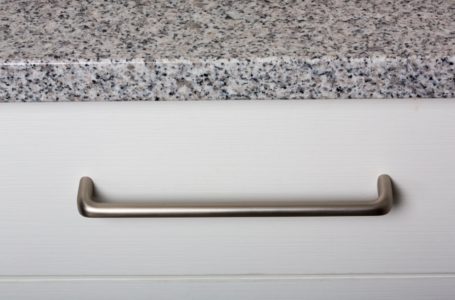 Tirador Redo de Viefe para cocinas. Redo handle for kitchens by Viefe.